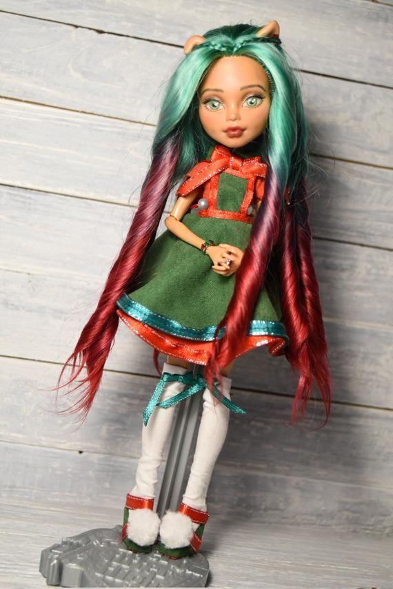 Ooak Doll Monster High Repaint Custom Green Eyes Long Green
