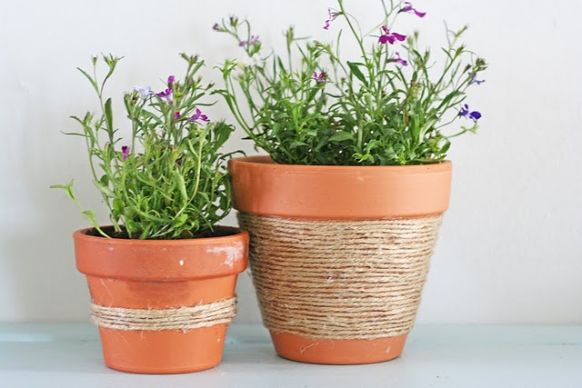 jute pots. These pots are less than a dollar at Walmart. This would be so easy.