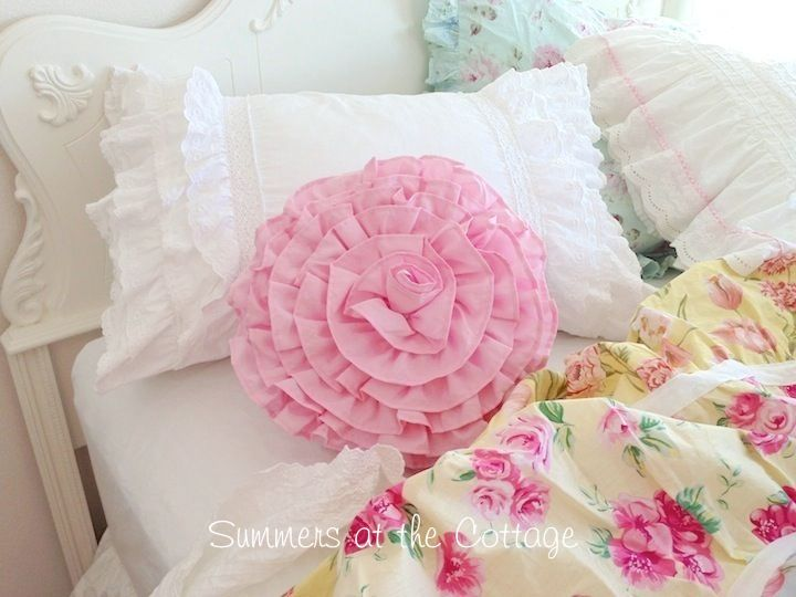249 best images about Gorgeous Pillows! on Pinterest Cottages, Shabby and Cushions
