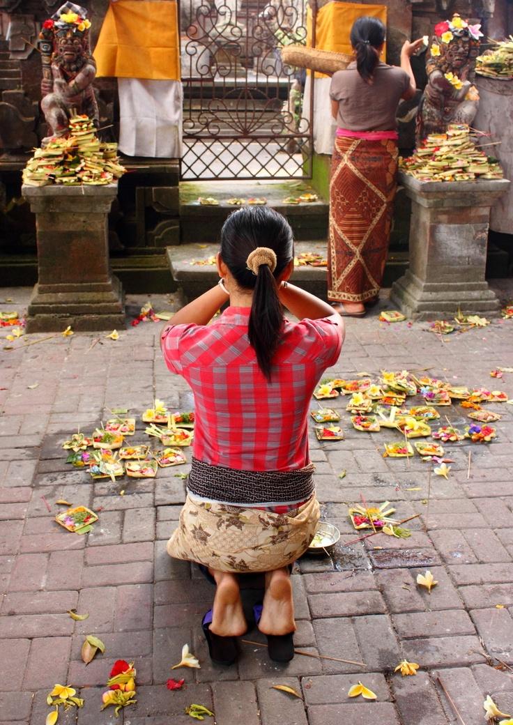adat bali indonesia