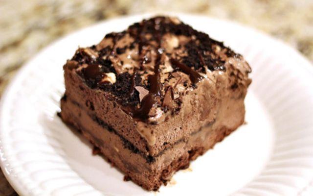 Frozen Espresso-Oreo Mud Pie | Dashing Dish