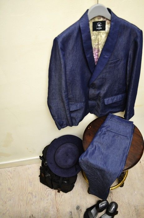 "bukht ""denim shawl collar jaket & denim 2tuck trousers"""