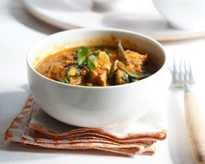 Chicken, spinach and lentil curry