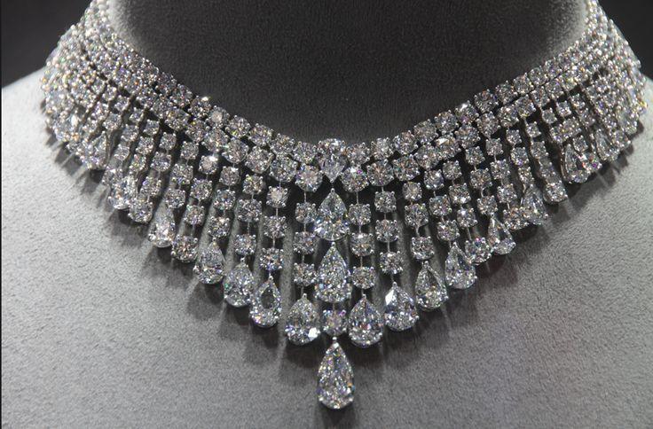Tabulous Design: Large Stones: Graff Jewelry