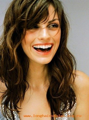 gorgeous long wavy shag haircut, maybe get this shoulder length?