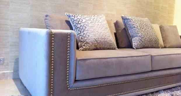 Studded sofa first little home pinterest for Sofa with studs