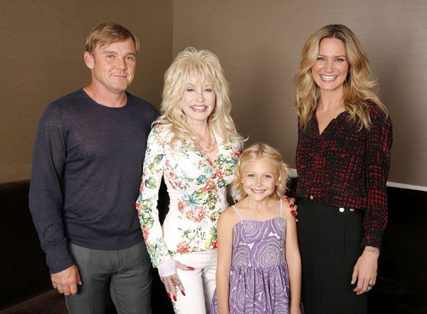 'Dolly Parton's Coat of Many Colors' Gets a December Premiere Date #dollyparton
