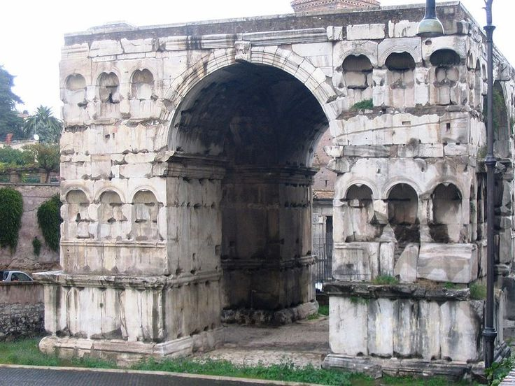 Cloaca Maxima, Roman - Urine for a Treat With a Tour of These Five Sewer Systems | Travel | Smithsonian