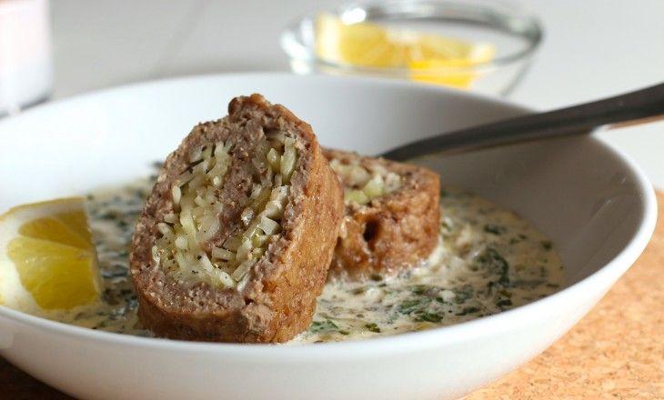 Lamm och vitkål i len sås med lök och persilja. Husmanskost när den är som bäst.