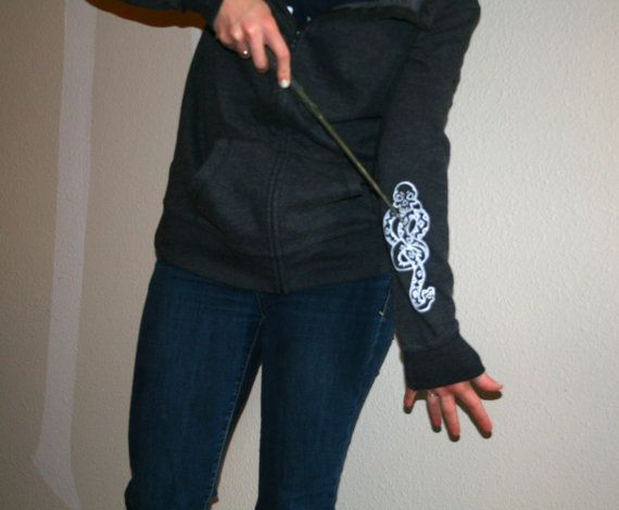 This is a great jacket for any of Lord Voldermorts Deatheaters, Slytherin student or any ol Potter fan. The hoodie is a new, womens medium (made by