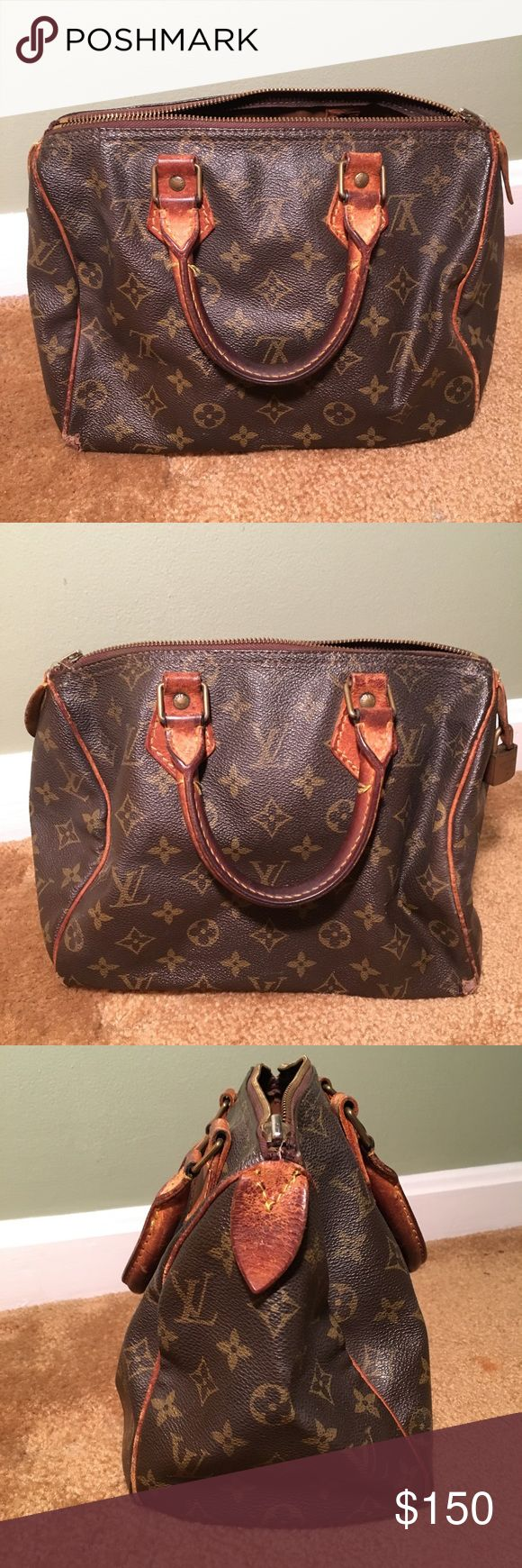 VINTAGE LOUIS VUITTON 'Speedy 25' 100% AUTHENTIC LOUIS VUITTON Speedy 25  Visible signs of wear (all 4 corners, zipper attachment missing but still zips, handles turned, stains inside) Louis Vuitton Bags