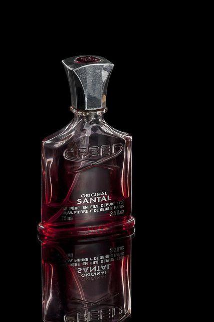 CREED | ORIGINAL SANTAL to męska kompozycja zainspirowana królewskim i duchowym splendorem Indii.