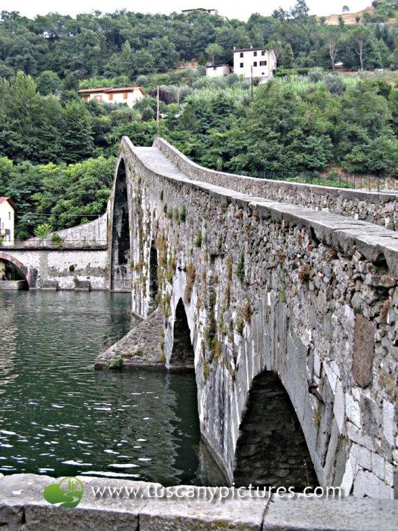 Borgo a Mozzano-Ponte del Diavolo