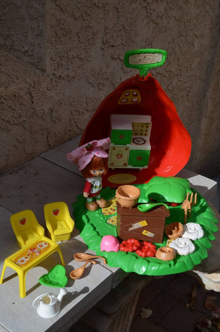 Vintage 1980s Strawberry Shortcake Berry Bake Shop House with Rare Yellow Table and Chairs, Doll, Cake Pieces, Spoons, Shovel and Rake, Oven by BirdifactsOldandNew on Etsy https://www.etsy.com/listing/553391746/vintage-1980s-strawberry-shortcake-berry