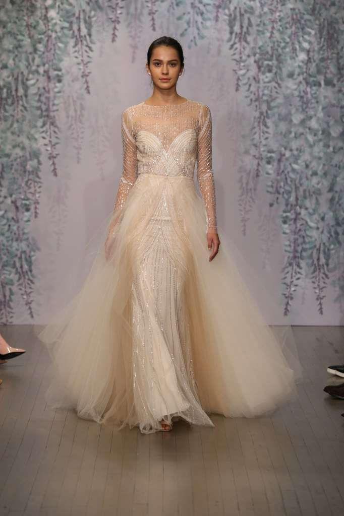 Vestidos de novia de colores 2017: fotos modelos - Vestido de novia color champán Monique Lhuillier
