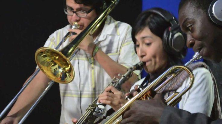 Calacas Jazz Band (Todo lo que puedo es darte amor)