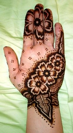 kids mehndi design patterns