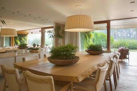 Mesa de jantar de madeira maciça - Loja de Móveis de Madeira Maciça. Moveis Rusticos