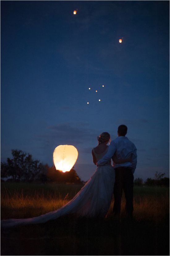 Lantern releases are becoming more and more popular, great idea for upcoming spring and summer weddings! (picture from weddingchicks.com)  www.nyweddingmaven.com