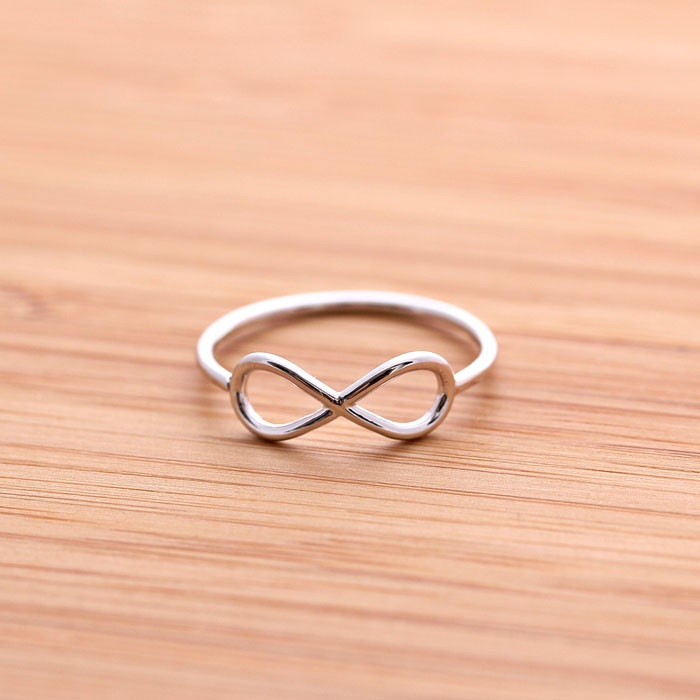 simple INFINITY ring, 3 colors