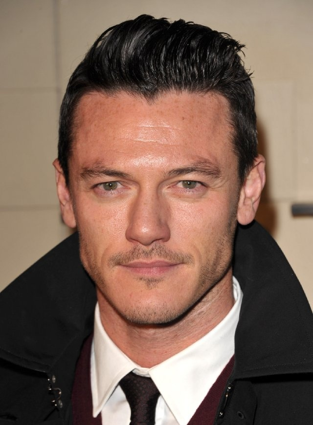 Luke Evans (Zeus from Immortals) and he can sing too!