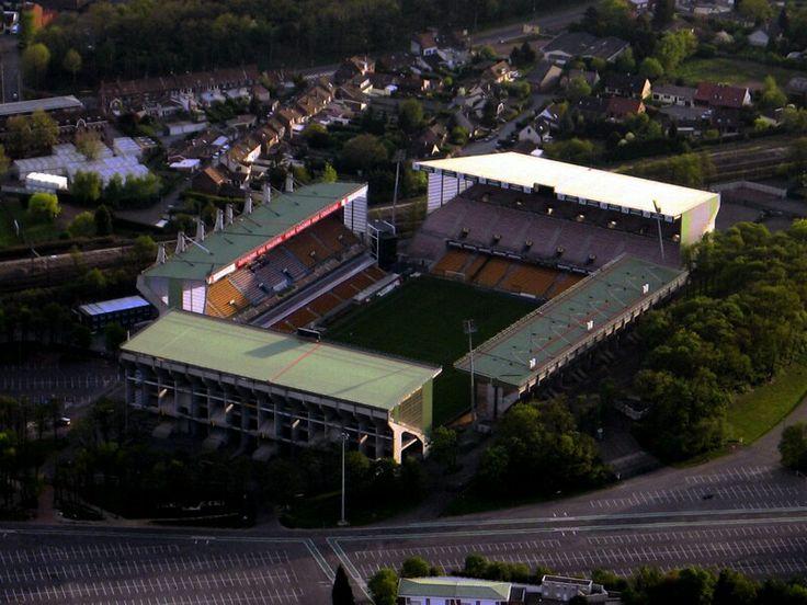 Stade Felix Bollaert (Lens, France). Estádio do Lens, França. Capacidade: 41.233