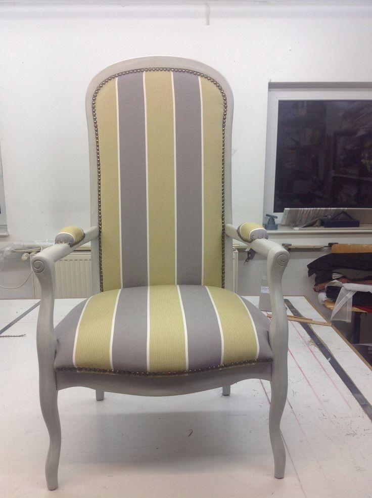 fauteuil voltaire rayures fauteuil revisit pinterest fauteuil voltaire voltaire et rayures. Black Bedroom Furniture Sets. Home Design Ideas