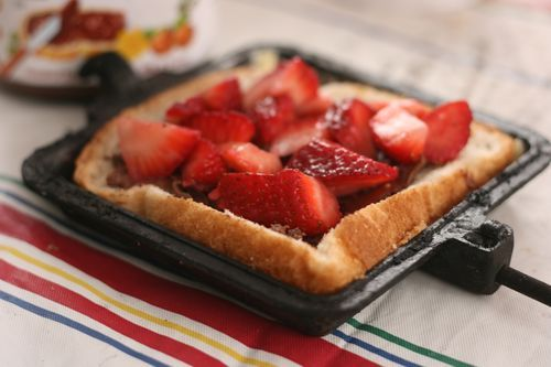 Pie Iron receipe #3: Strawberries and Nutella (another breakfast/dessert/snack-is type idea, because it would be really, REALLY hard to make nutella crepes over a campfire!)
