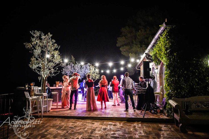 Photo  Andrea Pitti - Conti di San Bonifacio wedding in tuscany - Brilliant Live Show - DJ & SAX - Alma Project 24/7 - Wedding Planner_ aeb-tuscanweddings.it