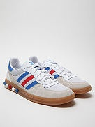 This version of the Handball 5 Plug comes in the red, white, and blue of the Union Jack and also features a GB logo on the heel tab and footbed. The trainer also comes with red, white, and blue laces, so you can be extra patriotic with your lace choice, if the mood takes you later this summer when the Olympics hit town.
