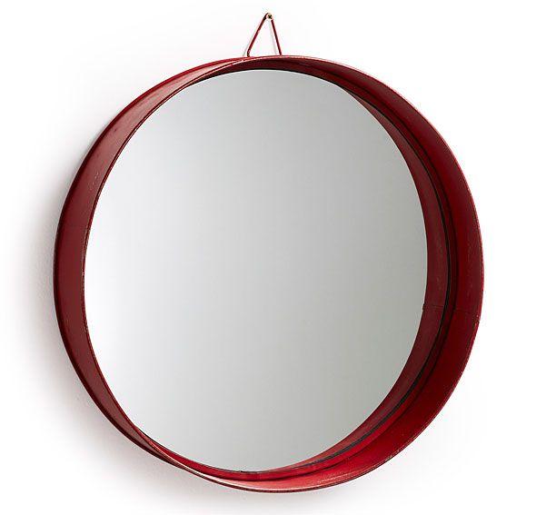Espejo rojo Vintage Odissa   Material: Metal   Espejo redondo con marco de metal pintado en rojo envejecido... Eur:49 / $65.17