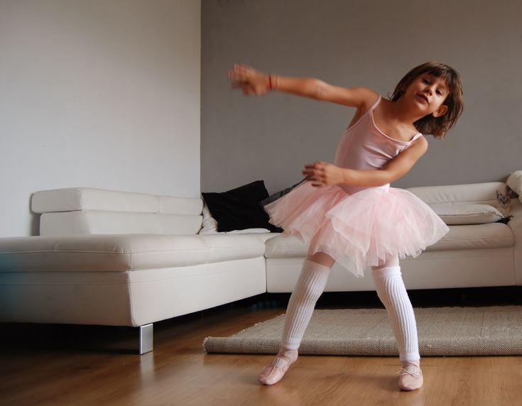 https://flic.kr/p/A8fZRo   Dance