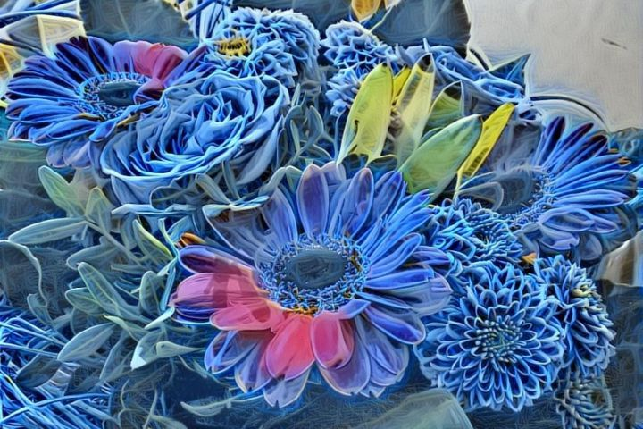 BLUE BRAMBLE OF FLOWERS