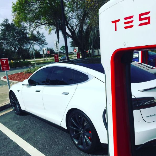 26 Best Images About Tesla Electric Auto On Pinterest: 80 Best Images About Celebrity Tesla On Pinterest