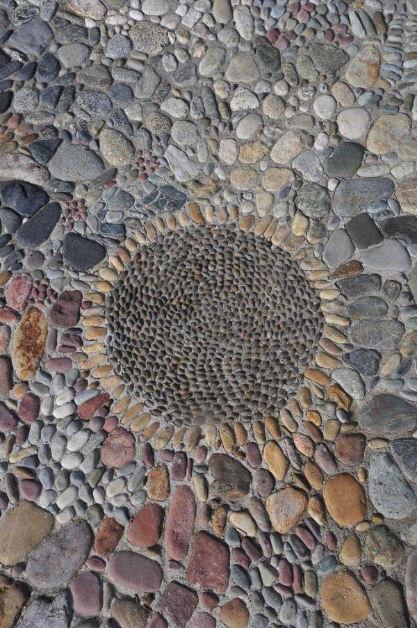 Stone mosaic / garden path by proteamundi
