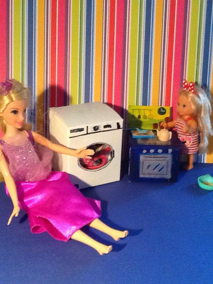 Elettrodomestici per casa delle bambole con scatoline riciclate http://mangialeggicrea.blogspot.ch/2014/10/elettrodomestici-per-bambole-ovvero.html