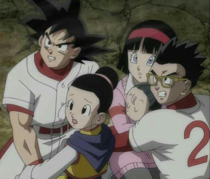 Goku y Gohan, pensando en proteger primero a su esposa que a ellos mismos. Que lindo