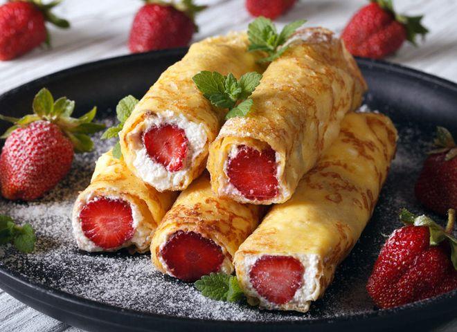 Лучшие кулинарные рецепты: Десерт с клубникой: рецепт блинчиков с творожно-клубничной начинкой