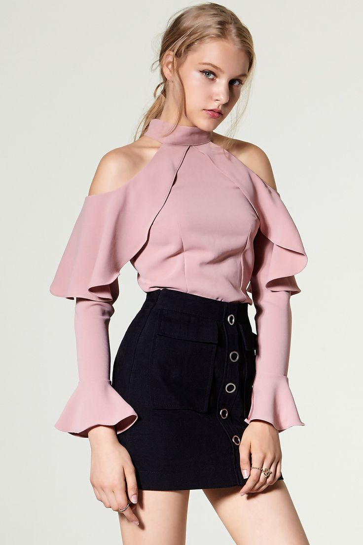 Off The Shoulder Trend Fashion