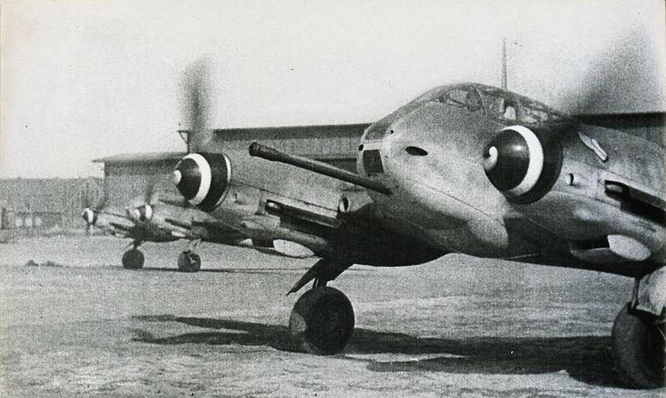Messerschmitt Me 410 | messerschmitt me 410 hornisse proposed to the german air ministry
