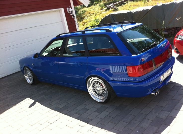 Blue Audi RS2 Avant Wagon on 18″ Silver BBS RS