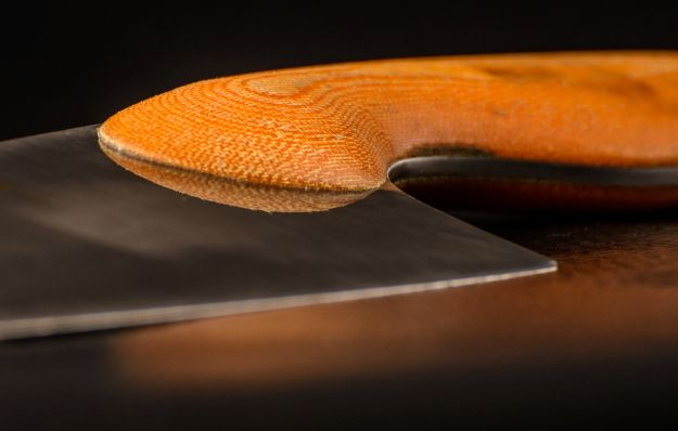 Kitchen knife concept. Although the picture is quite CGI-like, this is a photo of an actual knife