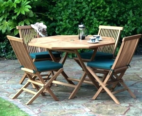 The New Idea Of Recreating Garden Tables And Chair In 2020 Wooden Garden Table Garden Table And Chairs Garden Table