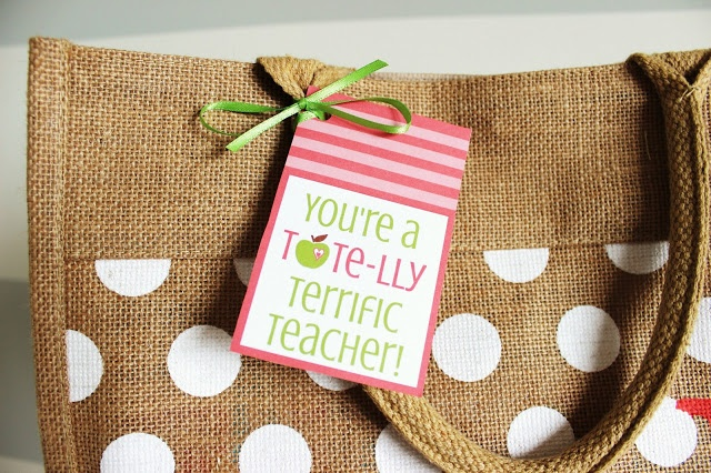 Teacher Appreciation Free Printable and Gift Idea!