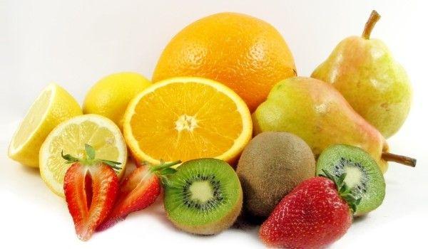 Fructe ce te ajută să slăbeşti sănătos - www.degenfeminin.ro