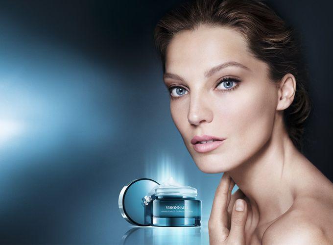 Lancôme Visionnaire-hoitovoide 50 ml - Monivaikutteinen ihoa korjaava hoitovoide. Sileämpi, kimmoisampi ja heleämpi iho. - sokos.fi