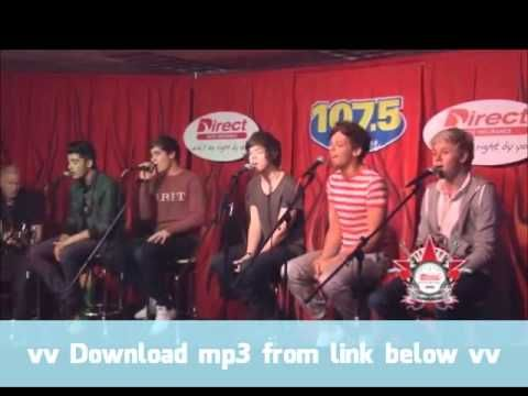 One Direction - What Makes You Beautiful - Live, Acoustic.