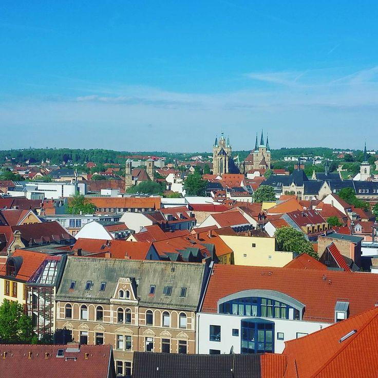Morning view from my hotel in Erfurt... #travel #buisness #work #goodmorning #sun #lovely #instagram #instapic #picoftheday #instadaily #tfl #potd #tagsforlikes #instagrammer #windsurfer #goalkeeper #city #erfurt http://tipsrazzi.com/ipost/1517242280175310196/?code=BUOU9CsDZV0