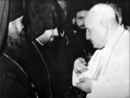 """John XXIII with Eastern Schismatics -Below is a picture of John XXIII meeting with Eastern Schismatics at Vatican II.  John XXIII wanted the clergy of """"Orthodox"""" Churches of Russia (many of whom were KGB agents) to participate at Vatican II.  The """"Orthodox"""" said that some of their clergy would attend, provided that there was no condemnation of Communism at Vatican II.  Hence, John XXIII – the initiator of the Vatican II apostasy – brokered the """"great deal"""" that was the Vatican-Moscow…"""