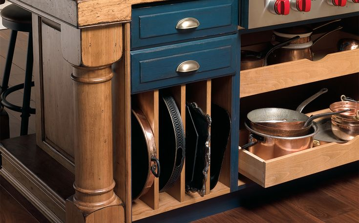 Pull Out Drawers Store Larger Items Like Pots And Pans